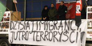 Protest przeciwko relokacji imigrantów w Górze Kalwarii